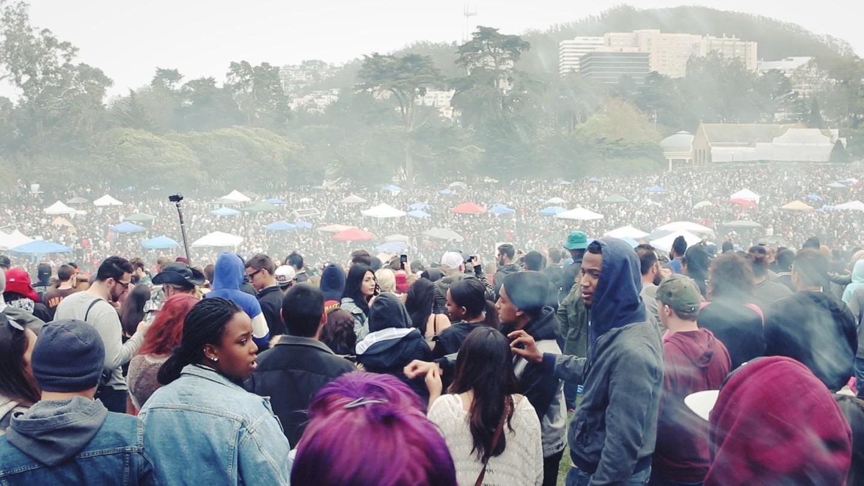 Thousands gather at Golden Gate Park to celebrate 4/20. (Jeremy Raff/KQED)
