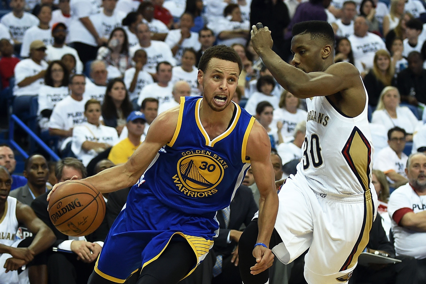Steph Curry Becomes 2nd Warrior in Franchise History to Win MVP