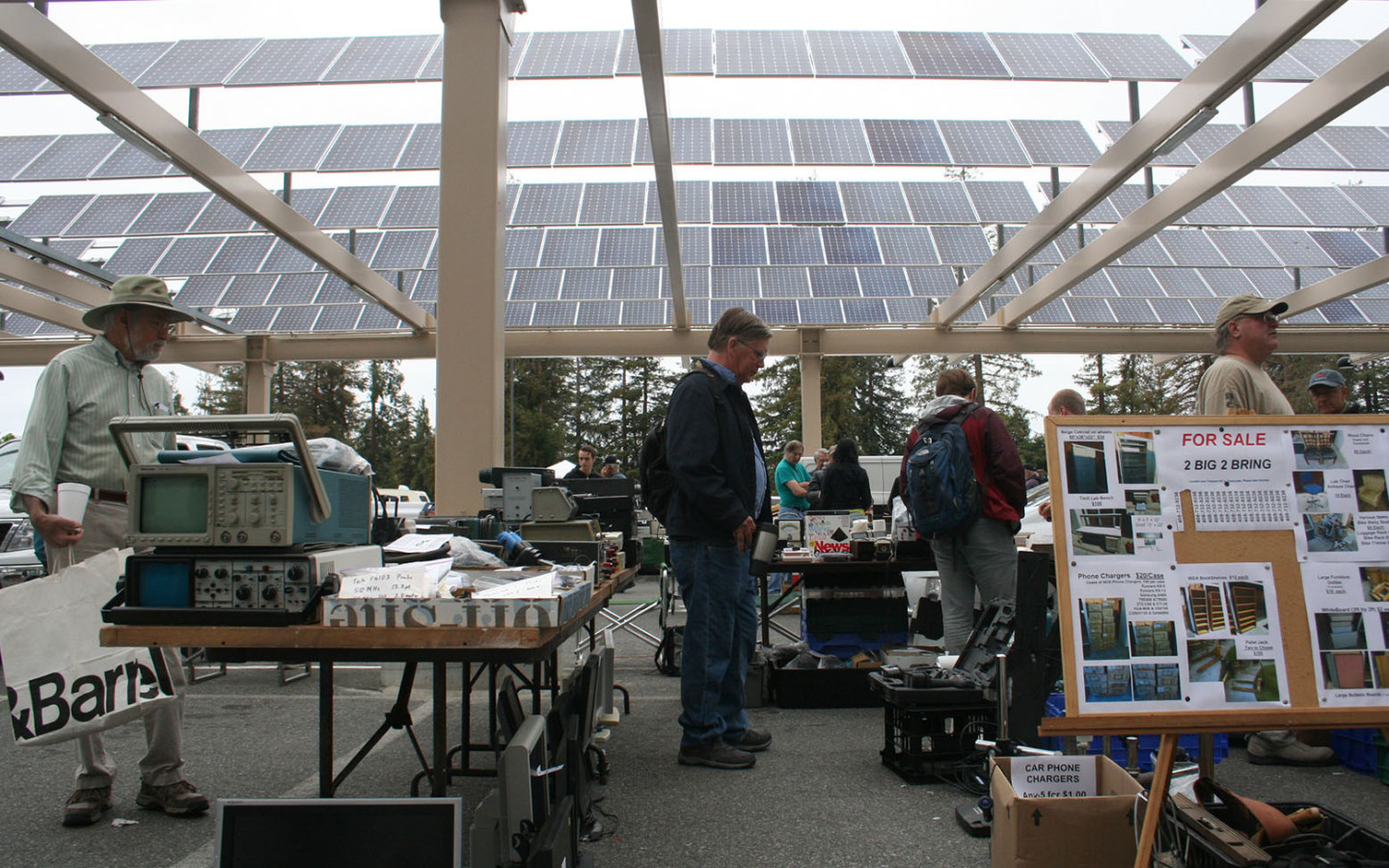 At Cupertino's Electronics Flea Market, Yesterday's High-Tech is Today's Treasure