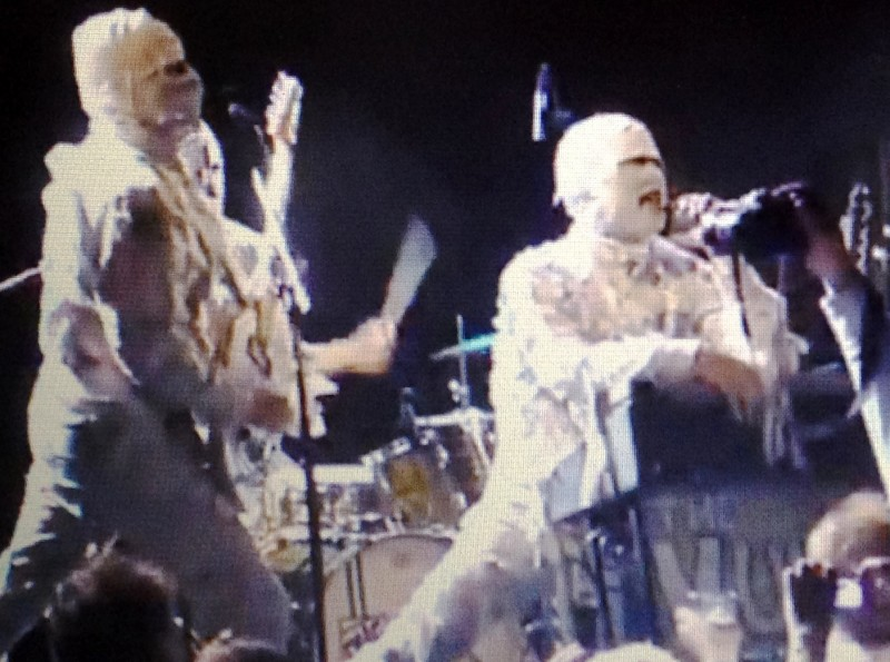 Fan footage from a rare 2011 Mummies reunion show in Oslo, Norway.