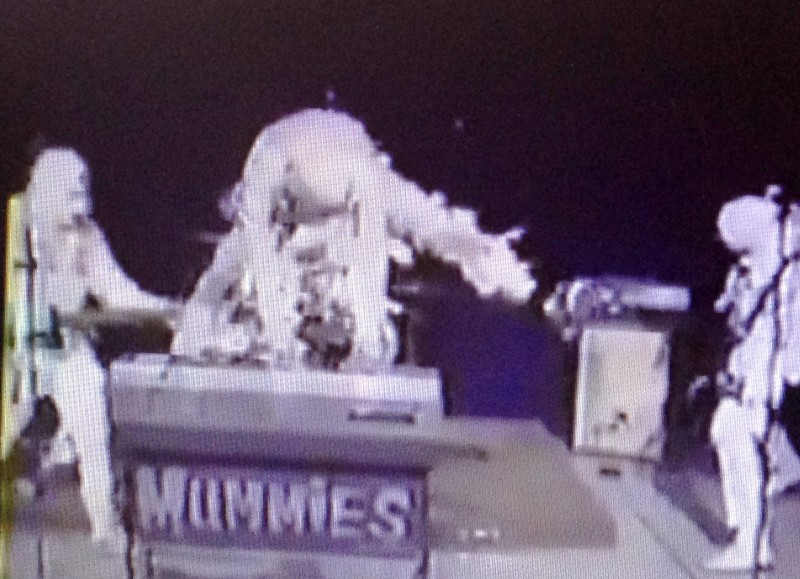 Screenshot from a rare 1991 Mummies performance on a Southern California cable access variety show.