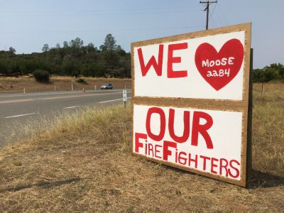 The Moose Lodge in Clearlake Oaks love fire crews battling the Rocky Fire -- and has been playing host to scores of evacuees from the surrounding area.