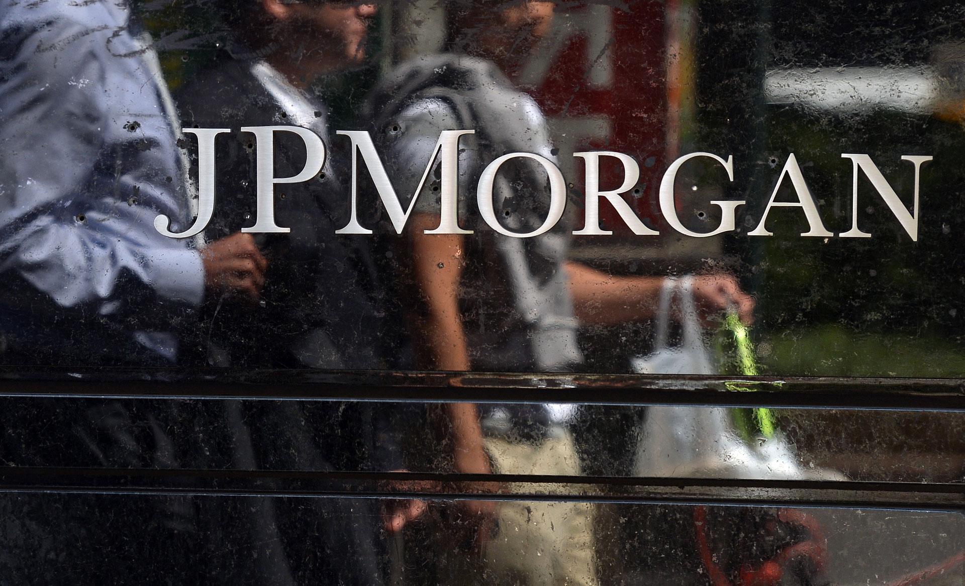 Pedestrians pass JPMorgan Chase & Co. headquarters in New York.