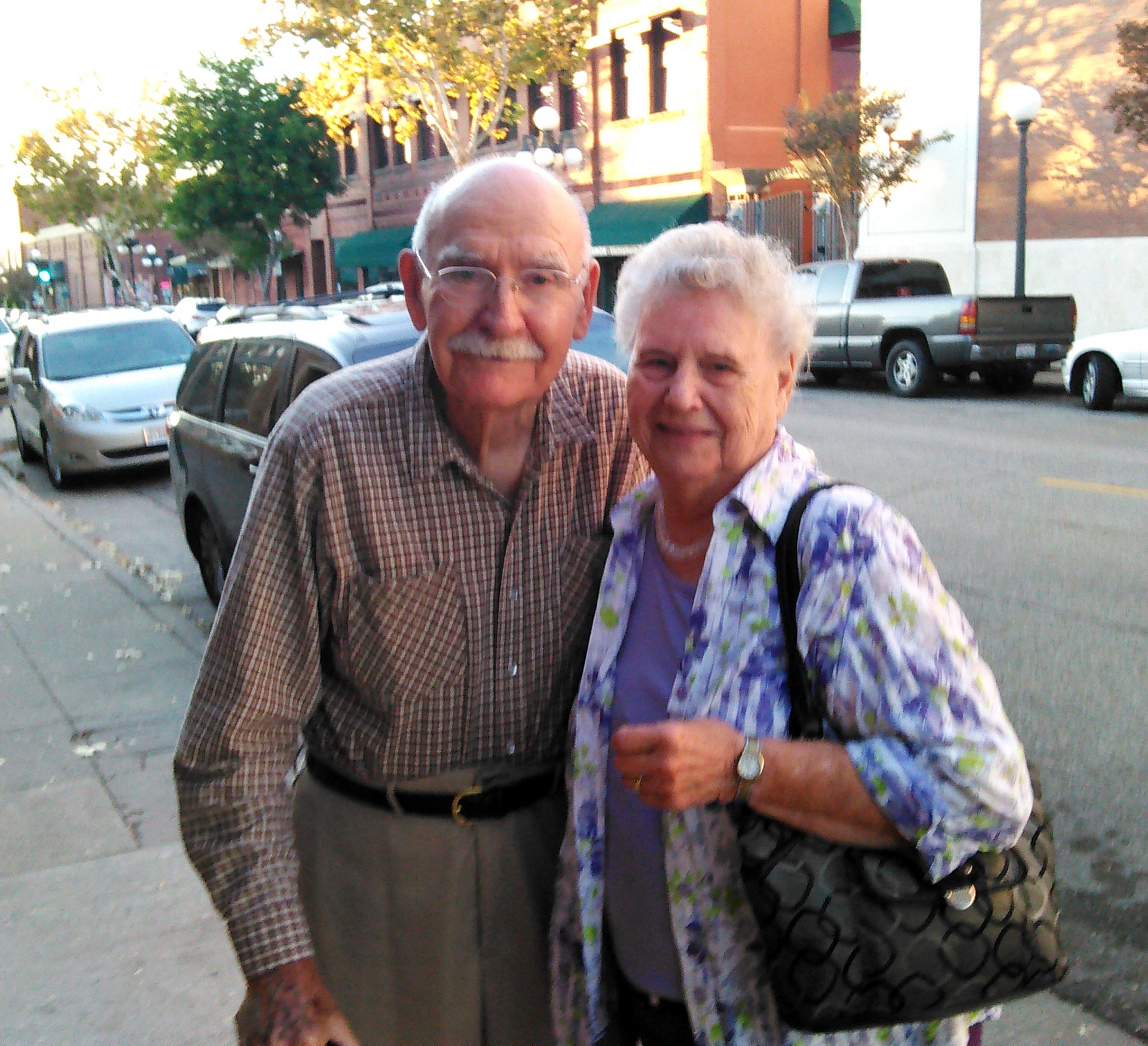 Rose Leaf Ragtime Club co-founder Bill Mitchell and his wife Yvonne.