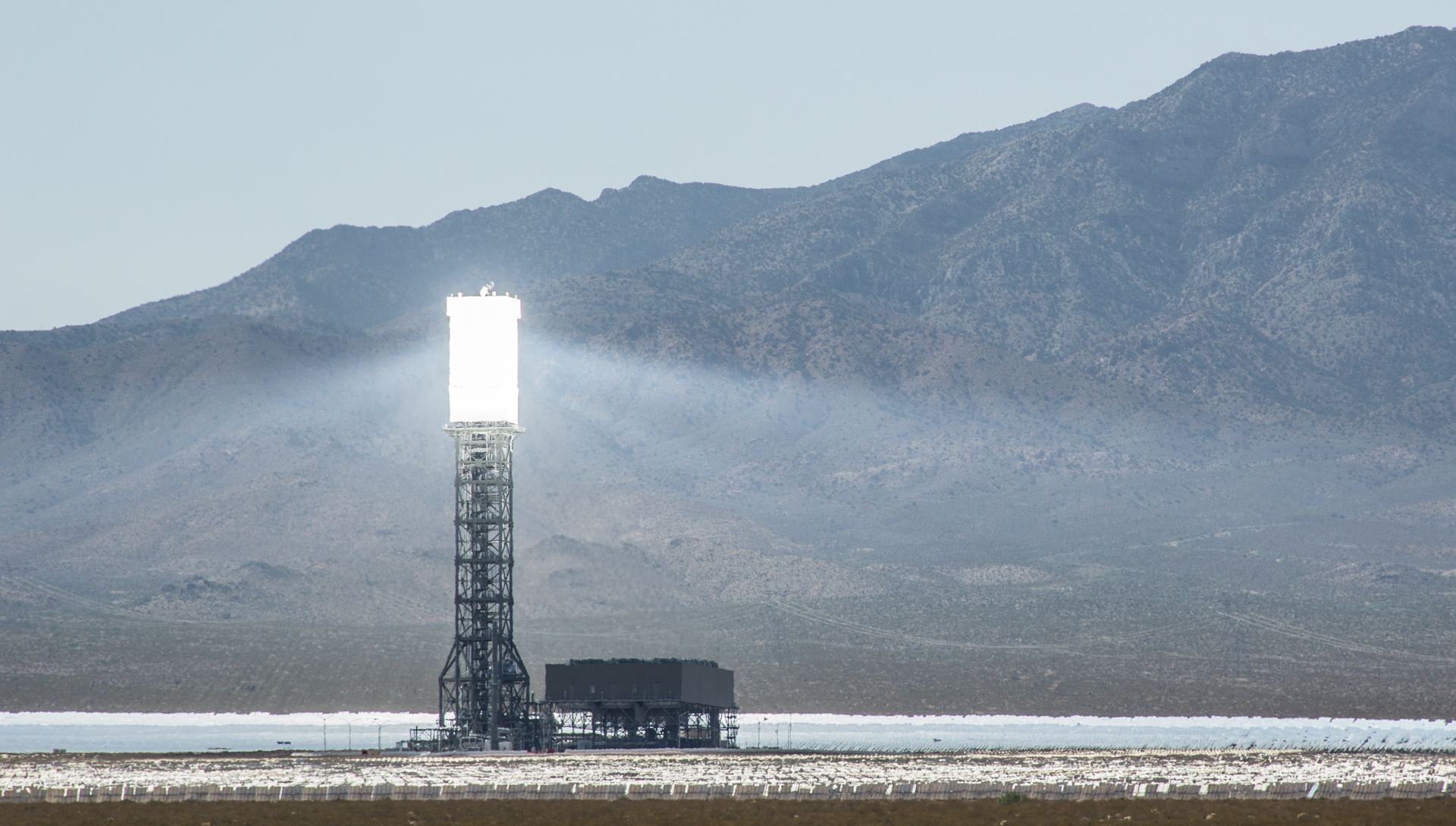 Ivanpah Solar Project Faces Risk Of Default On Pgampe Contracts Power Facility Electricity Generation System The California Report Kqed News