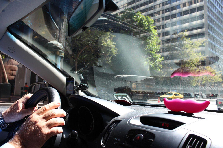 California Regulators Propose New Round of Rules for Uber, Lyft