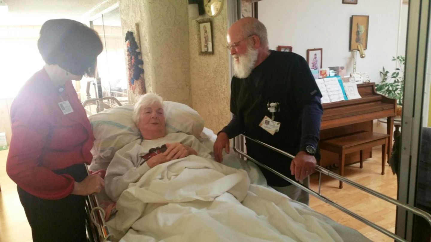 Paramedics Help Honor End-of-Life Care Wishes in New Ventura County Program