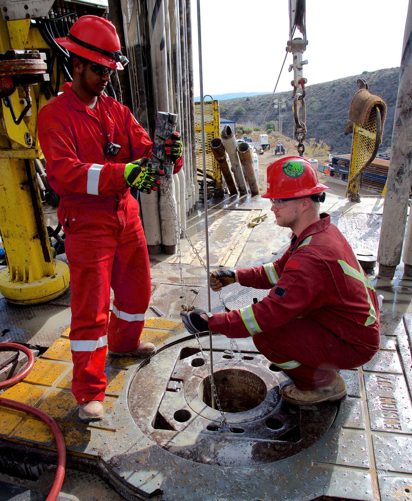 Workers on-site at a relief well SoCalGas is drilling to try and stop the leak at its Aliso Canyon Storage Facility.