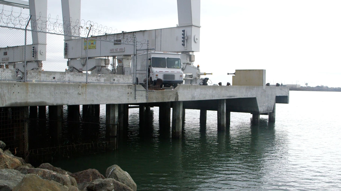 An example of the pile construction used at the Port of Oakland, on a decommissioned pier. (Alan Toth/KQED)