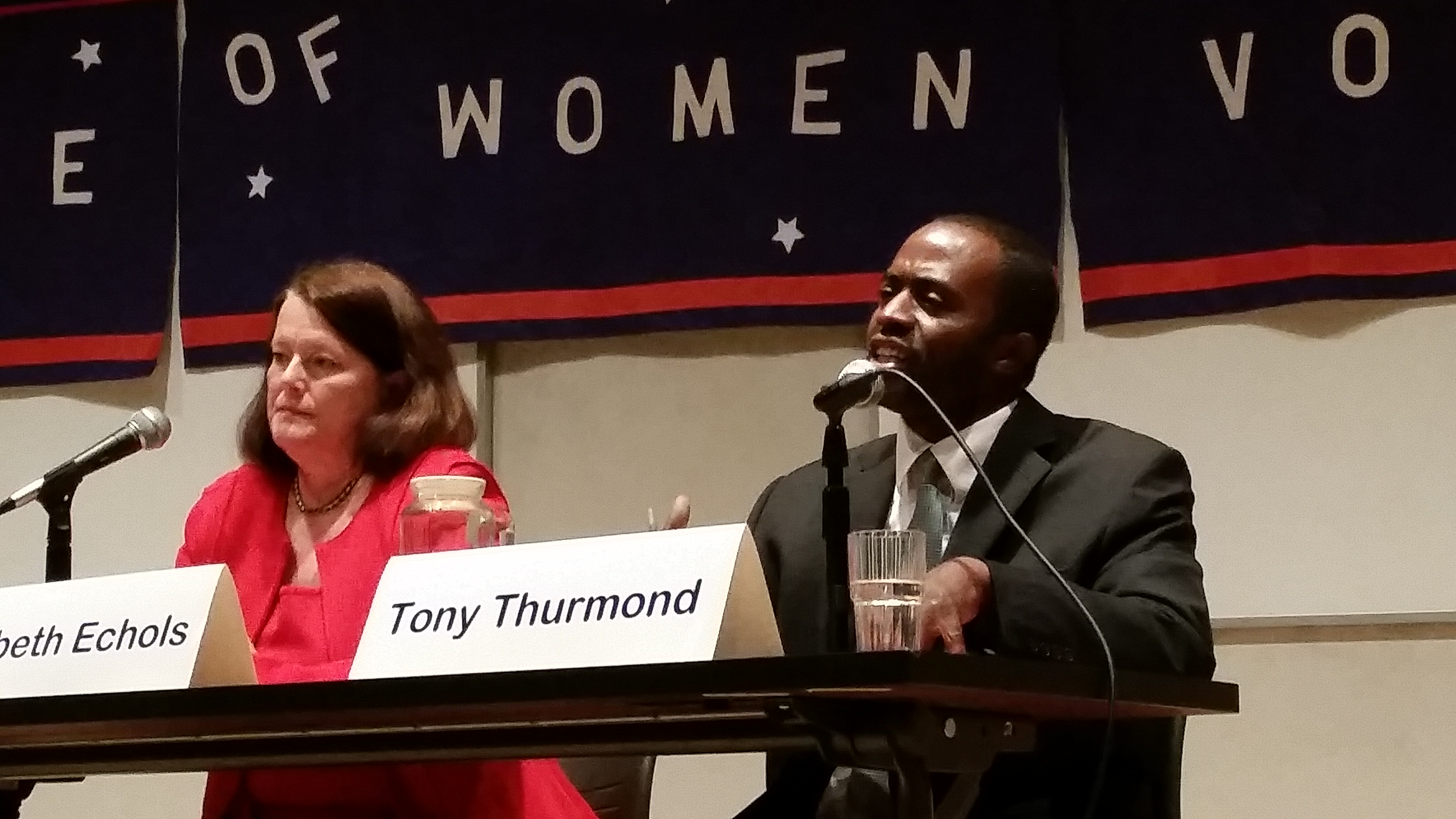State Assembly candidates Elizabeth Echols and Tony Thurmond debated each other in Berkeley on Oct. 7.
