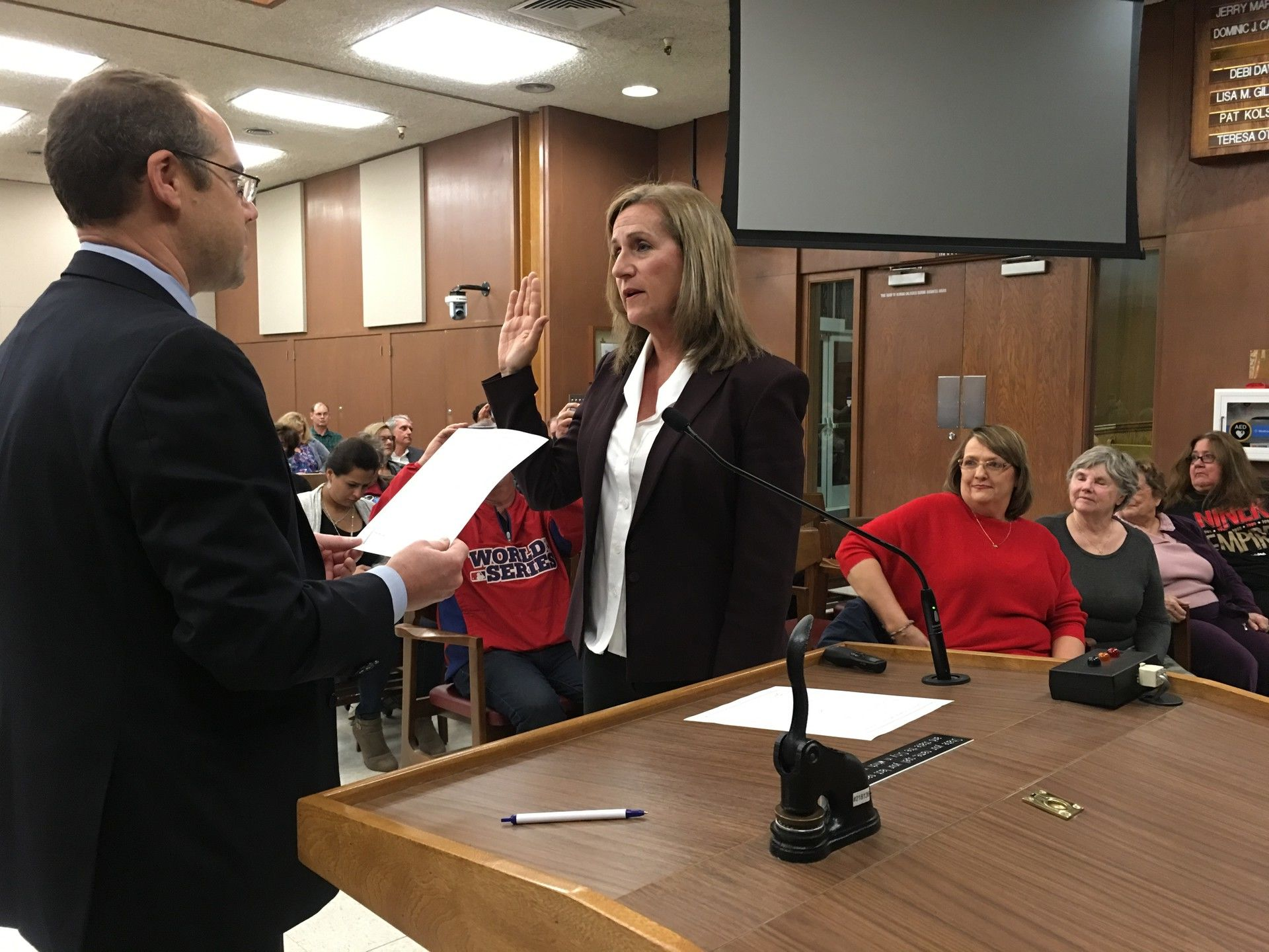 Lisa Gillmor gets sworn into office as Santa Clara's newly appointed Mayor.
