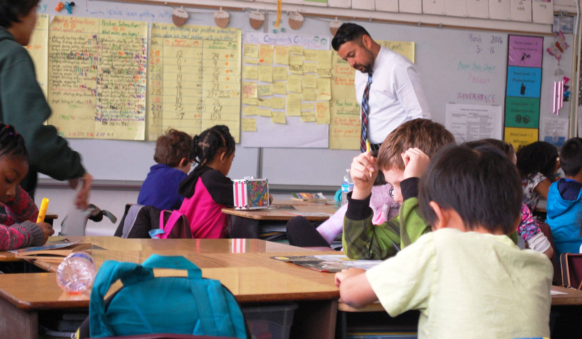 Once the worst performing schools in the state, Oak Ridge Elementary is now a bright spot in an economically depressed neighborhood in Sacramento. Gabriel Salcedo/KQED