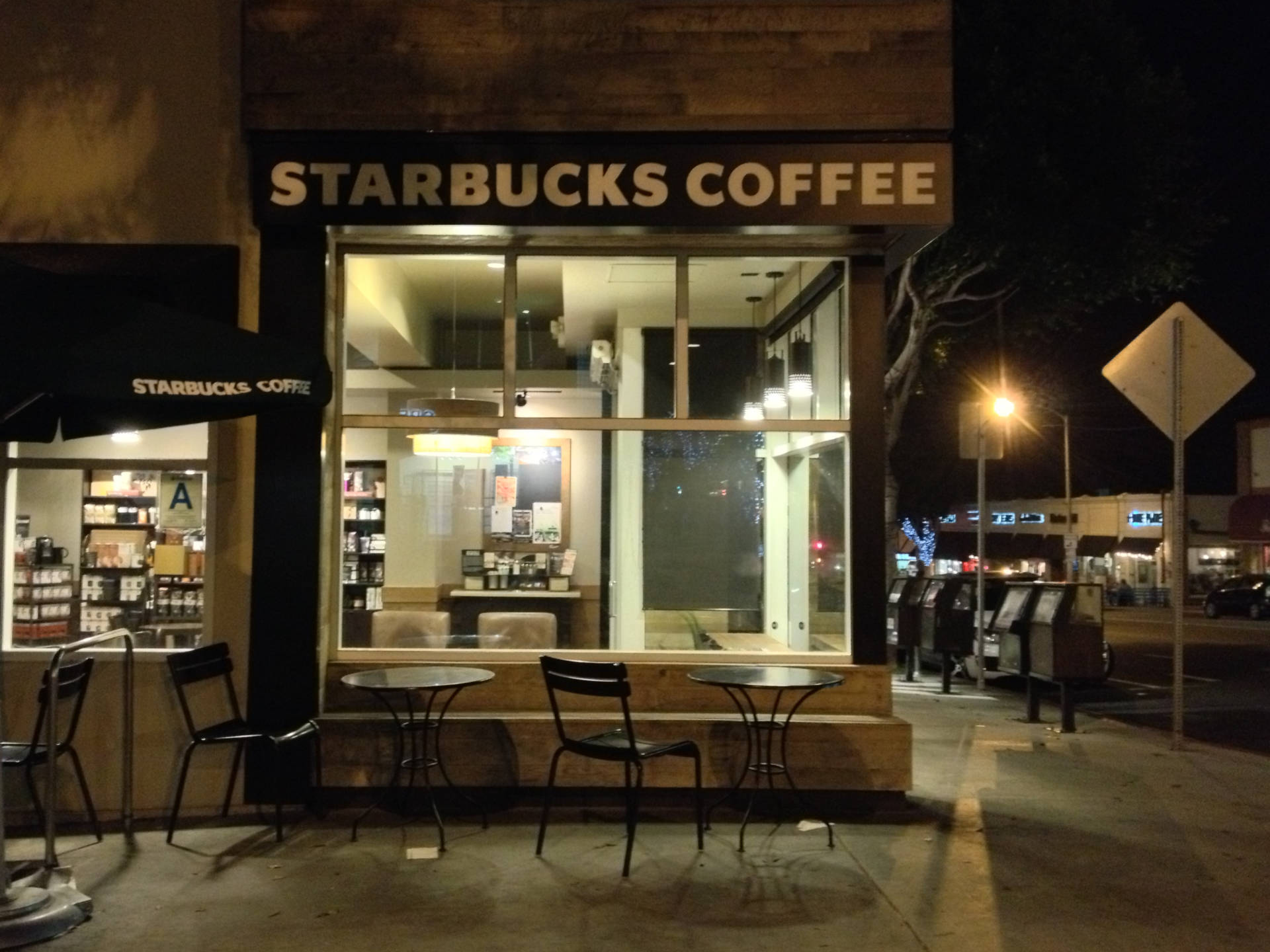 A Starbucks in Santa Monica. With no other place to go, many of Los Angeles' homeless end up at the chain's outlets — to the consternation of some employees.