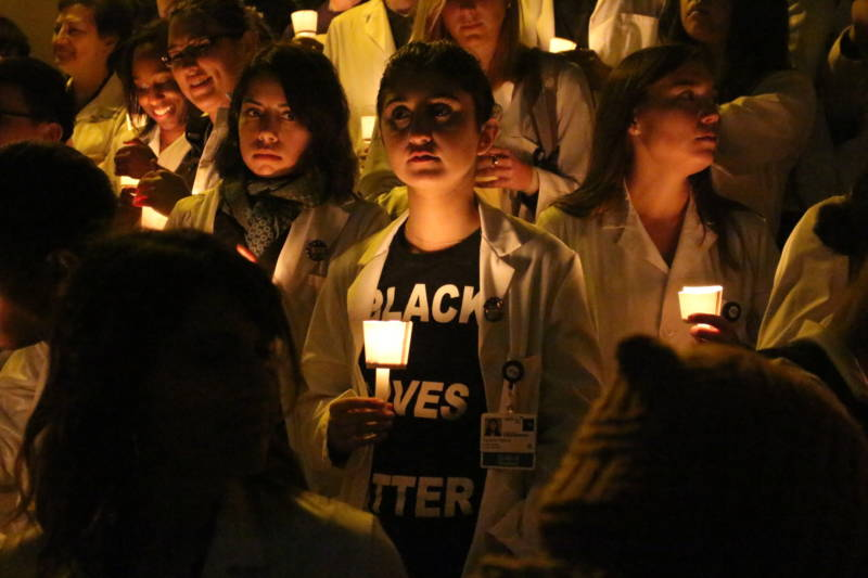 UCSF Medical Students Hold Vigil for Victims of Recent