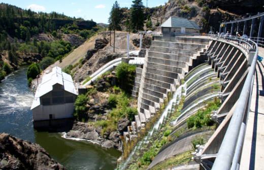 The 132-foot-high Copco 1 Dam, on the Klamath River outside Hornbrook, California, has generated power for nearly a century. Now, its owner has set in motion a plan to dismantle it, if approved by federal energy regulators.