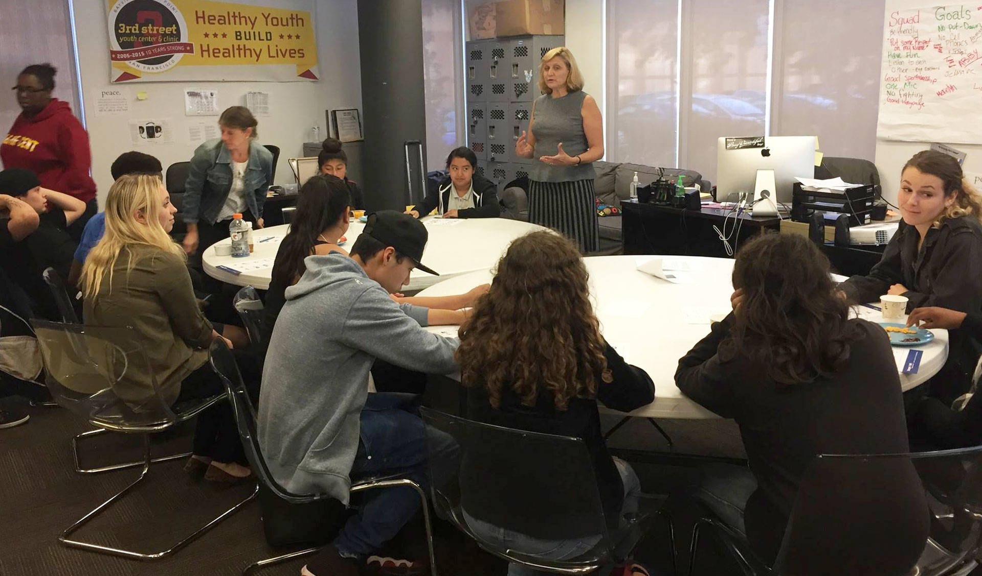 Lisa Thurau of nonprofit Strategies for Youth leads a workshop about juvenile justice at the 3rd Street Youth Center & Clinic in San Francisco's Bayview neighborhood.  Laura Klivans/KQED