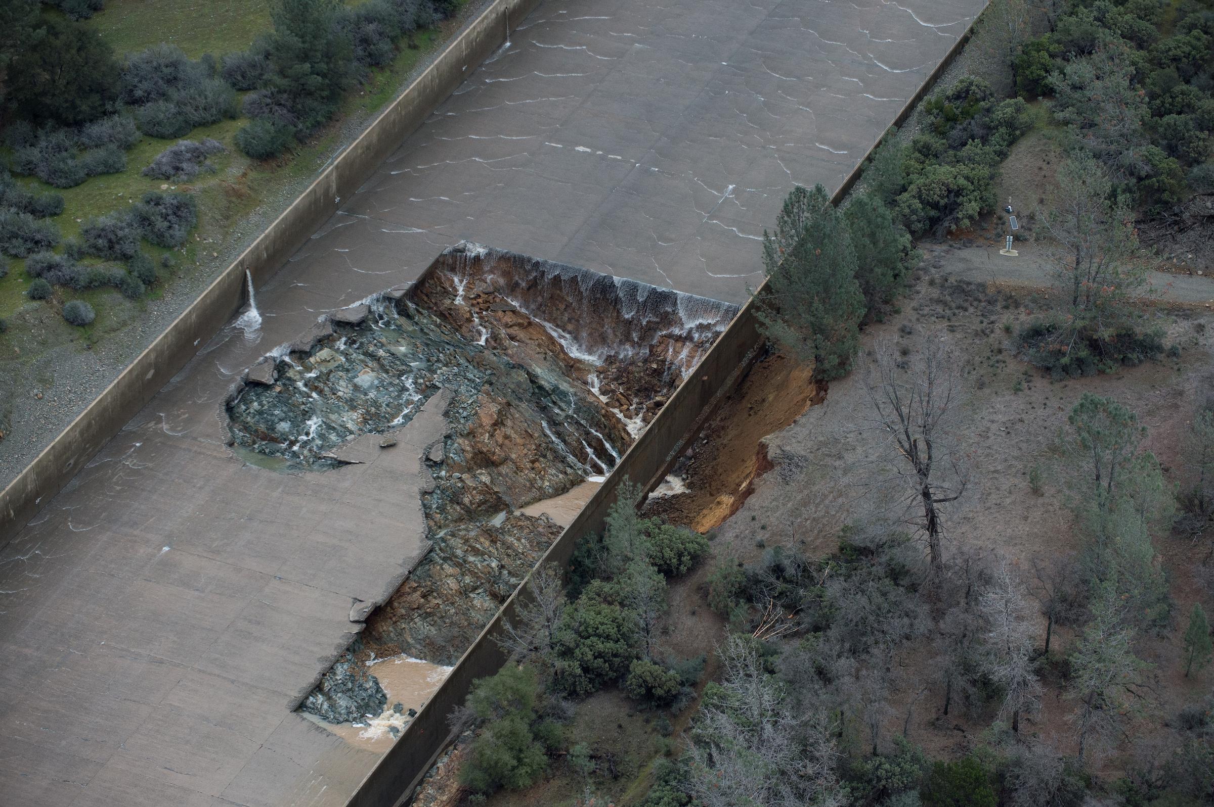 Oroville Update: Evacuation Advisory Finally Lifted | The California