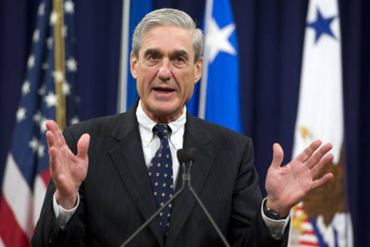 Former FBI Director Robert Mueller speaks during a farewell ceremony in his honor on August 1, 2013. Mueller has been named special counsel to investigate Russian interference in the 2016 election.