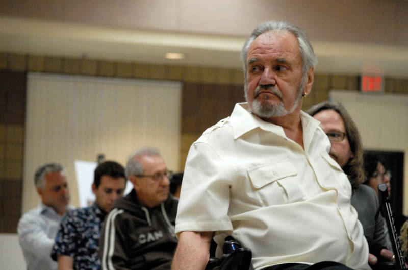 John Detwiler, who lives just downhill from the Santa Susana Field Laboratory, told a public meeting recently that he's angry and disappointed at the state Department of Toxic Substances Control's failure to clean up the laboratory.