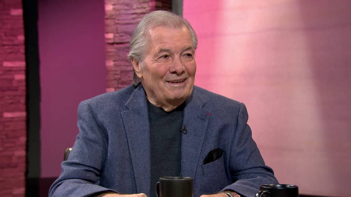 Why Cooking Great Jacques Pépin Chose Howard Johnson's Over JFK