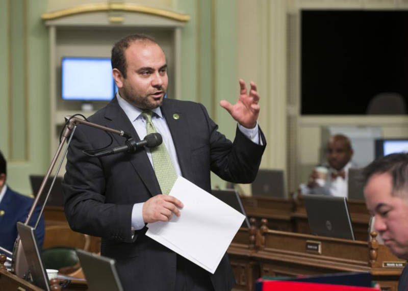 Asm. Adrin Nazarian speaks on the Assembly floor.