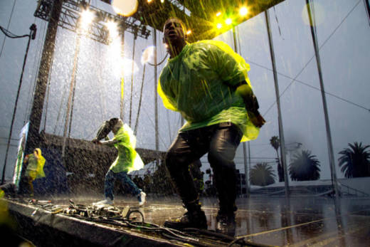 Kamaiyah and her hypemen rocking ponchos in the rain at the 2016 Treasure Island Music Festival.