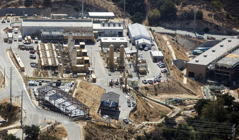 The Aliso Canyon facility sits on the Santa Susana fault line that some experts predict could experience a major earthquake sometime in the next 50 years.