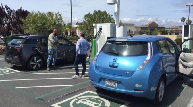 Lawmakers Propose Deal to Make Electric Cars Too Sweet to Pass Up