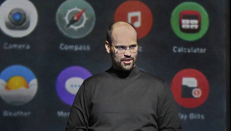 Edward Parks as Steve Jobs in 'The (R)evolution of Steve Jobs'.