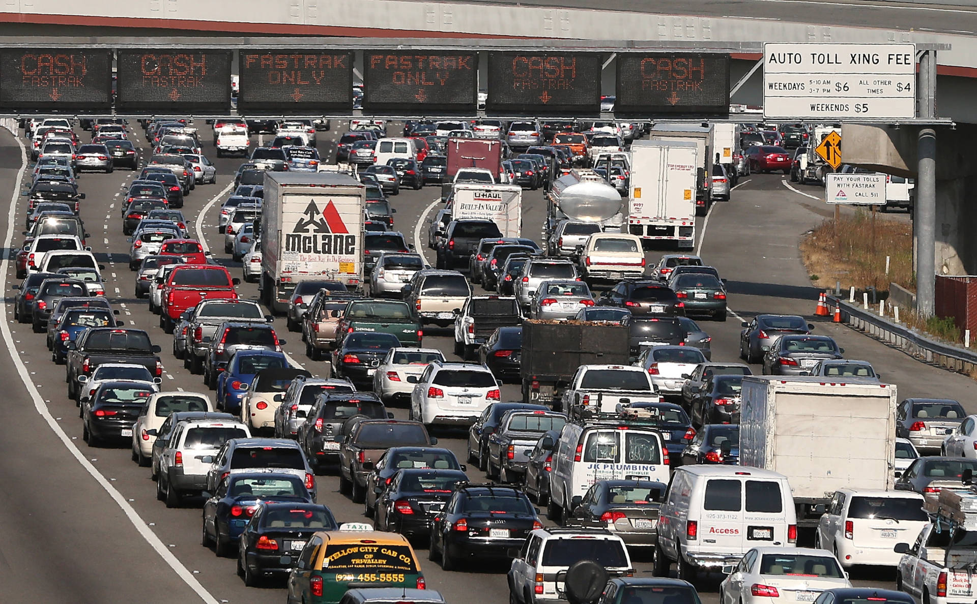 Commuter traffic at the Bay Bridge toll plaze pictured during the July 2013 BART strike.  Justin Sullivan/Getty Images