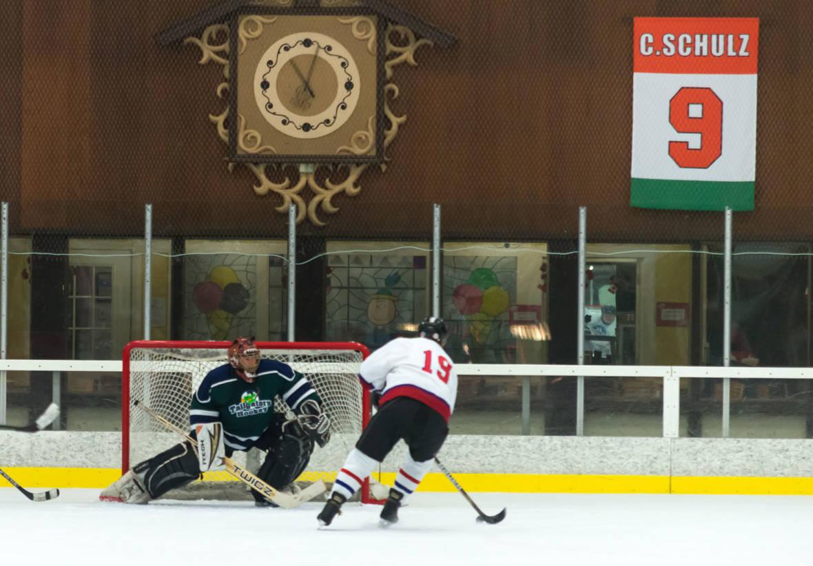 Fire-Ravaged Santa Rosa Turns to Hockey for Respite