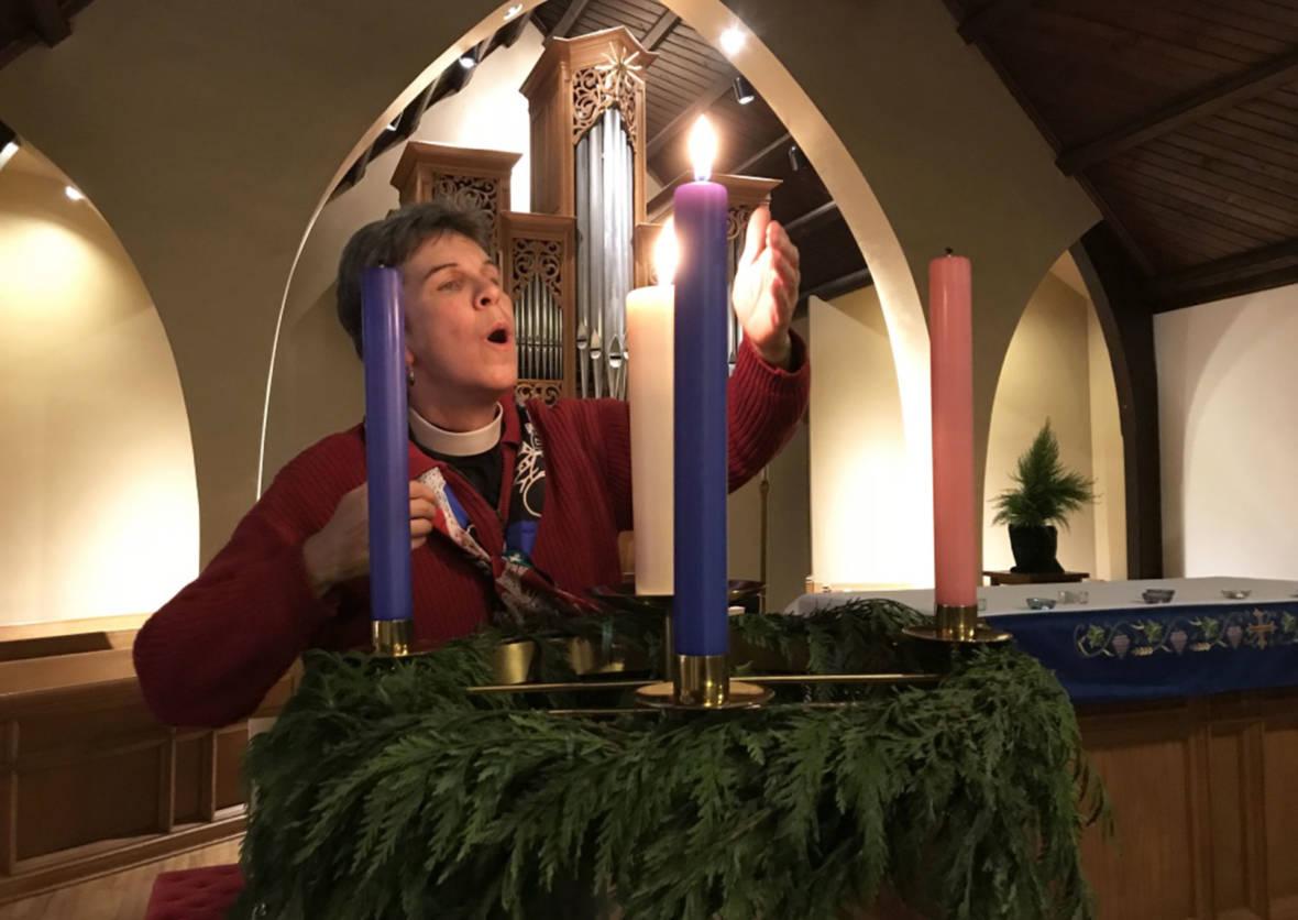 'Blue Christmas' Services Help Those Feeling Loss, Pain