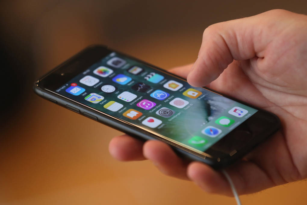 Replacing batteries will speed up phones, Apple says.