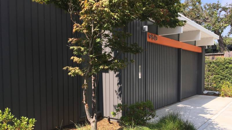 The exterior of Edita Donnelly's remodeled Eichler home in Palo Alto.