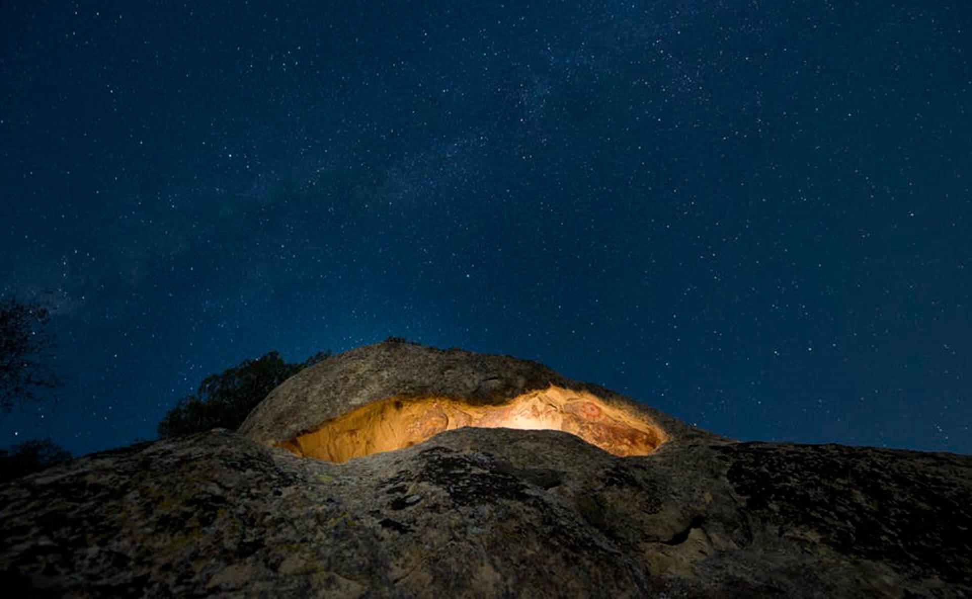 The Pleito cave site. Devlin Gandy