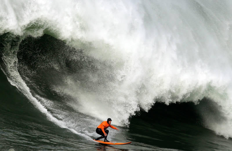 Mavericks Big Wave Surf Contest Could Be Held Early Next Week
