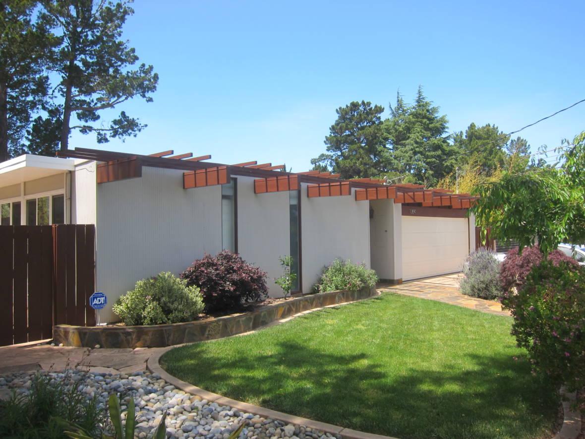 How Joseph Eichler Introduced Stylish Housing for the Masses