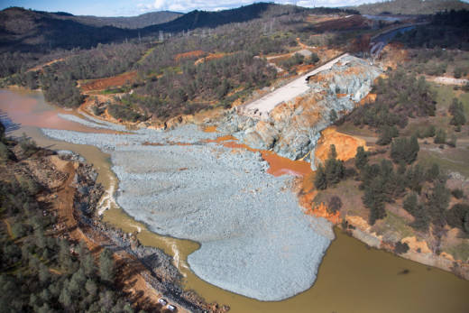Suit Seeks Up to $51 Billion From DWR for Discharge of Oroville
