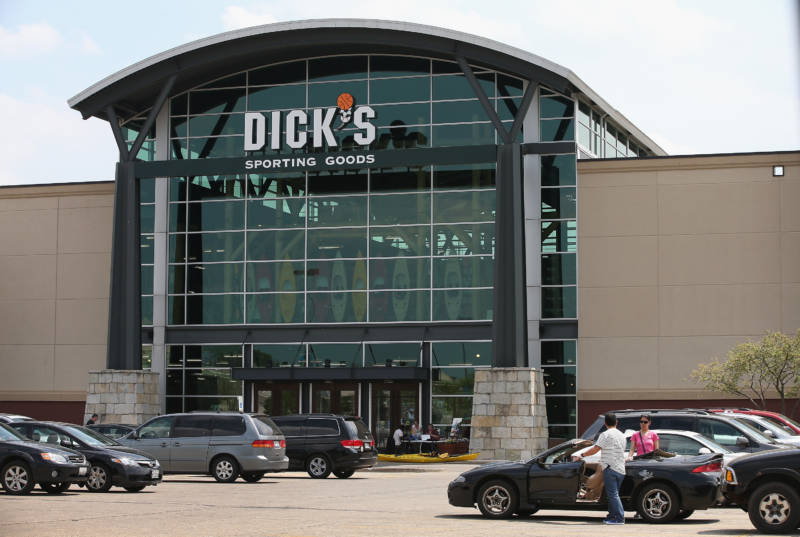 Walmart, Kroger Join Dick's Sporting Goods in Tighter Limits on Gun Sales