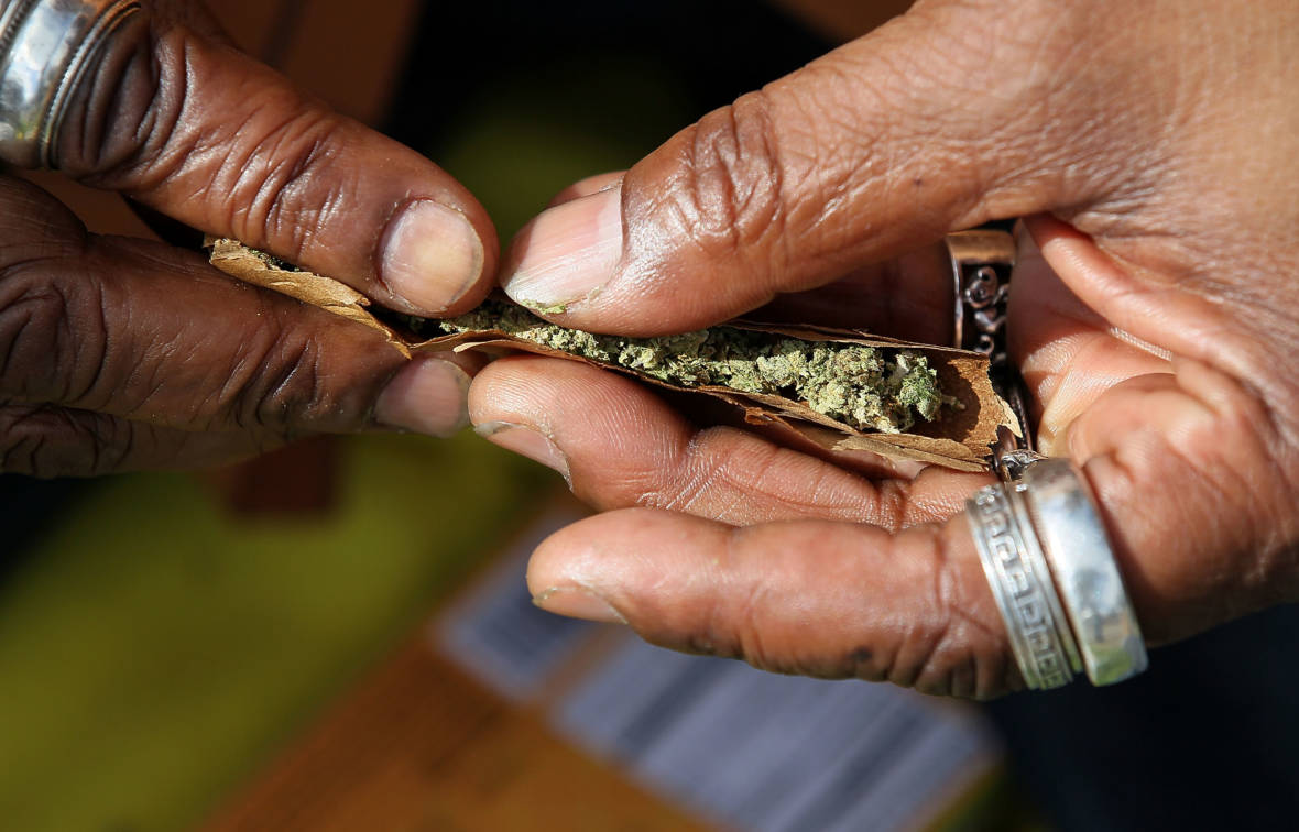 Pot Tourists Can Smoke it Where They Buy it in San Francisco