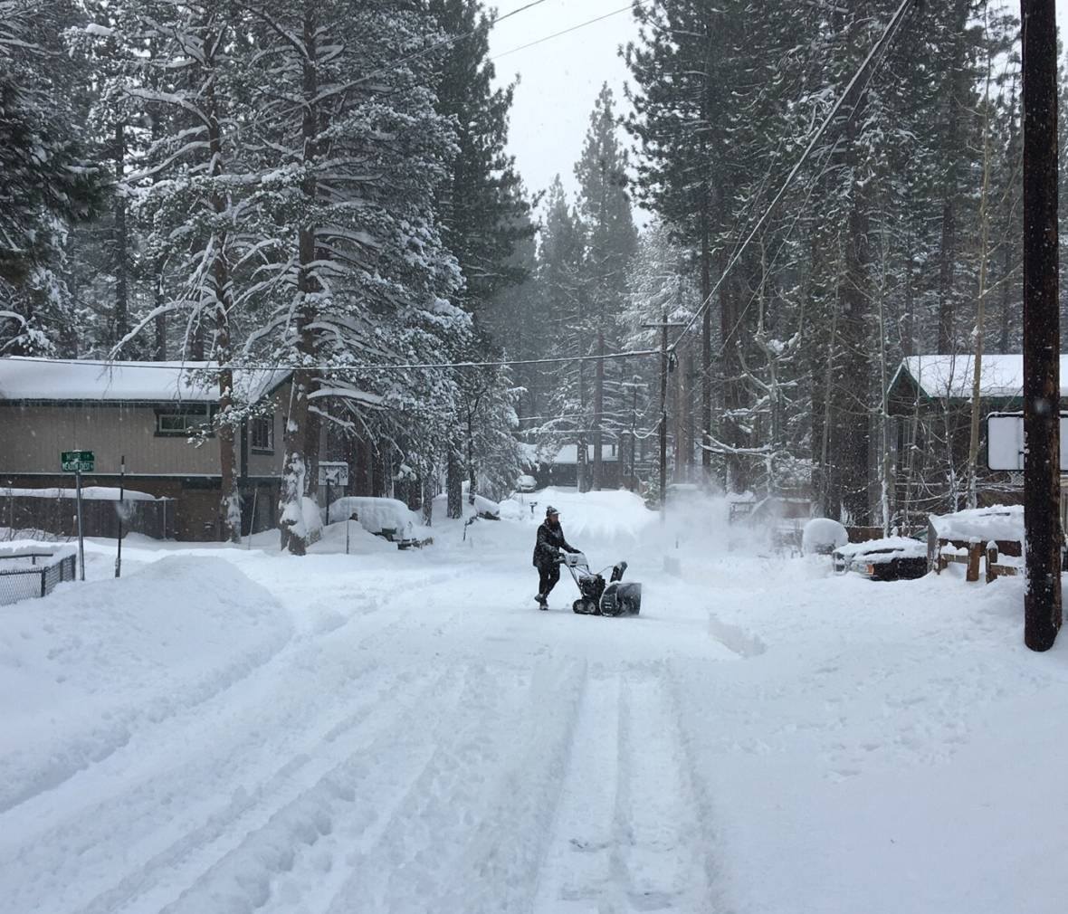 Blizzard Conditions in the Sierra Nevada Leave One Dead, Two Injured