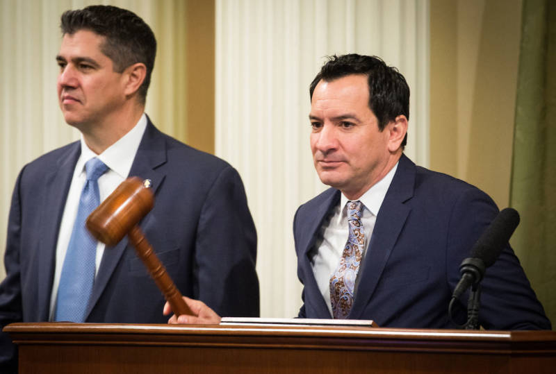 Assembly Speaker Anthony Rendon, right, calls the Assembly to order before the State of the State address at the State Capitol in Sacramento on Jan. 25, 2018.