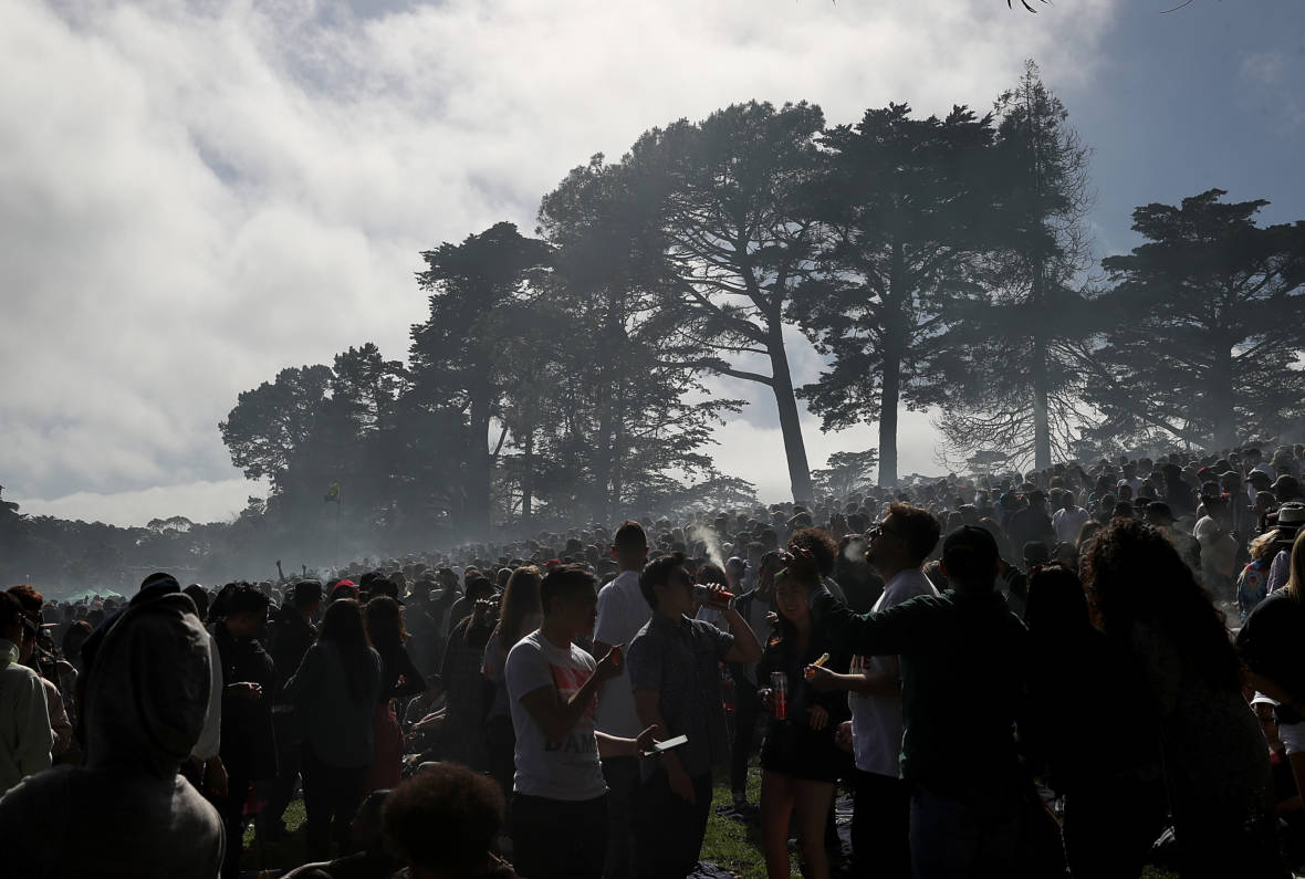 PHOTOS: Pot Fans Join 420 Smoke-Out in San Francisco