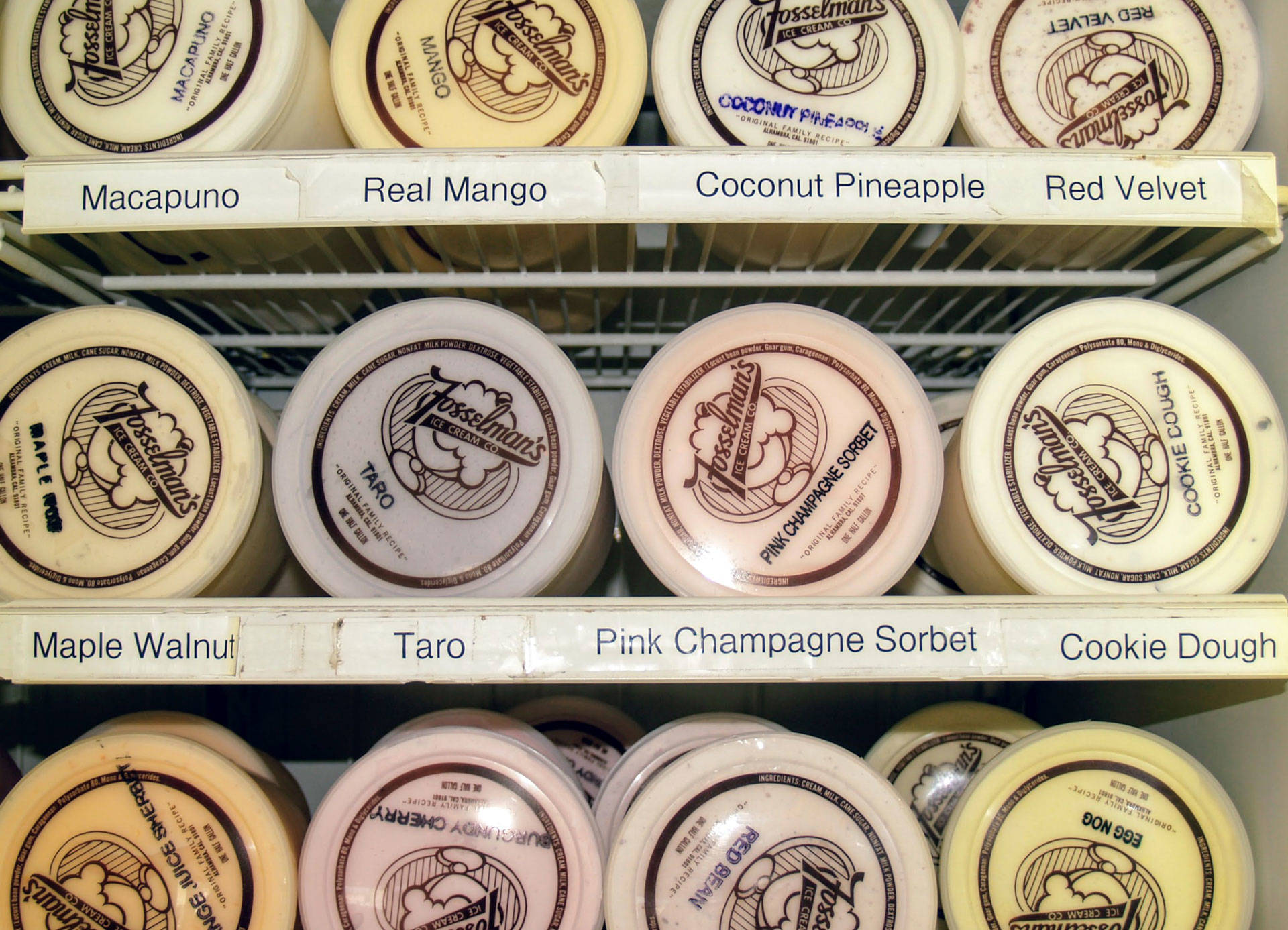 Fosselman's offers more than 200 ice cream flavors. Taro is one of the most popular. Elizabeth Aguilera/CALmatters