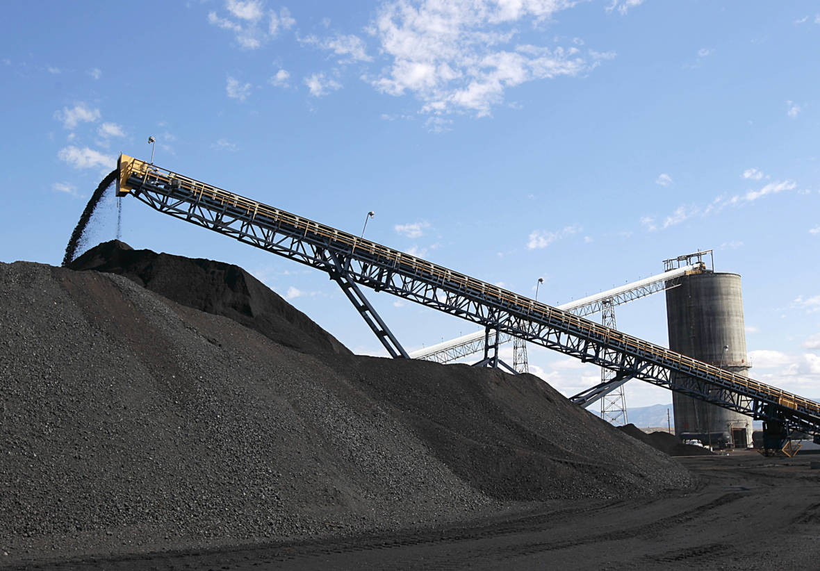 Oakland City Council Votes to Appeal Judge's Ruling Overturning Coal Ban