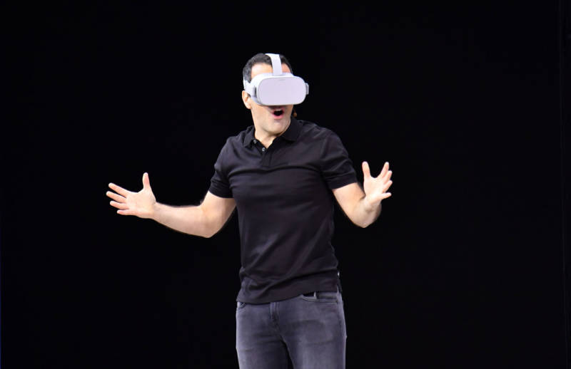 Facebook vice president of VR Hugo Barra demonstrates the Oculus Go during the annual F8 summit on May 1, 2018.