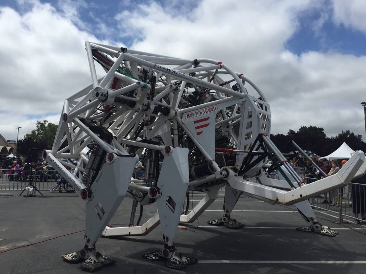 PHOTOS: Cupcake Cars, Giant Steel Crabs and Lots of DIY at Maker Faire