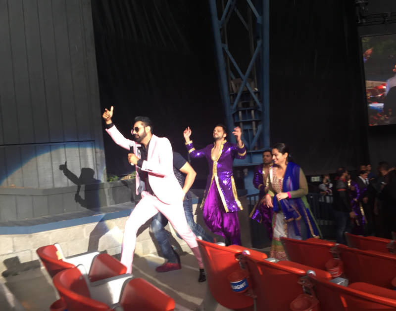 Bollywood star Gippy Grewal goes on a selfie tour through the audience of the Shoreline Amphitheatre to promote his upcoming movie 'Carry on Jatta 2.'