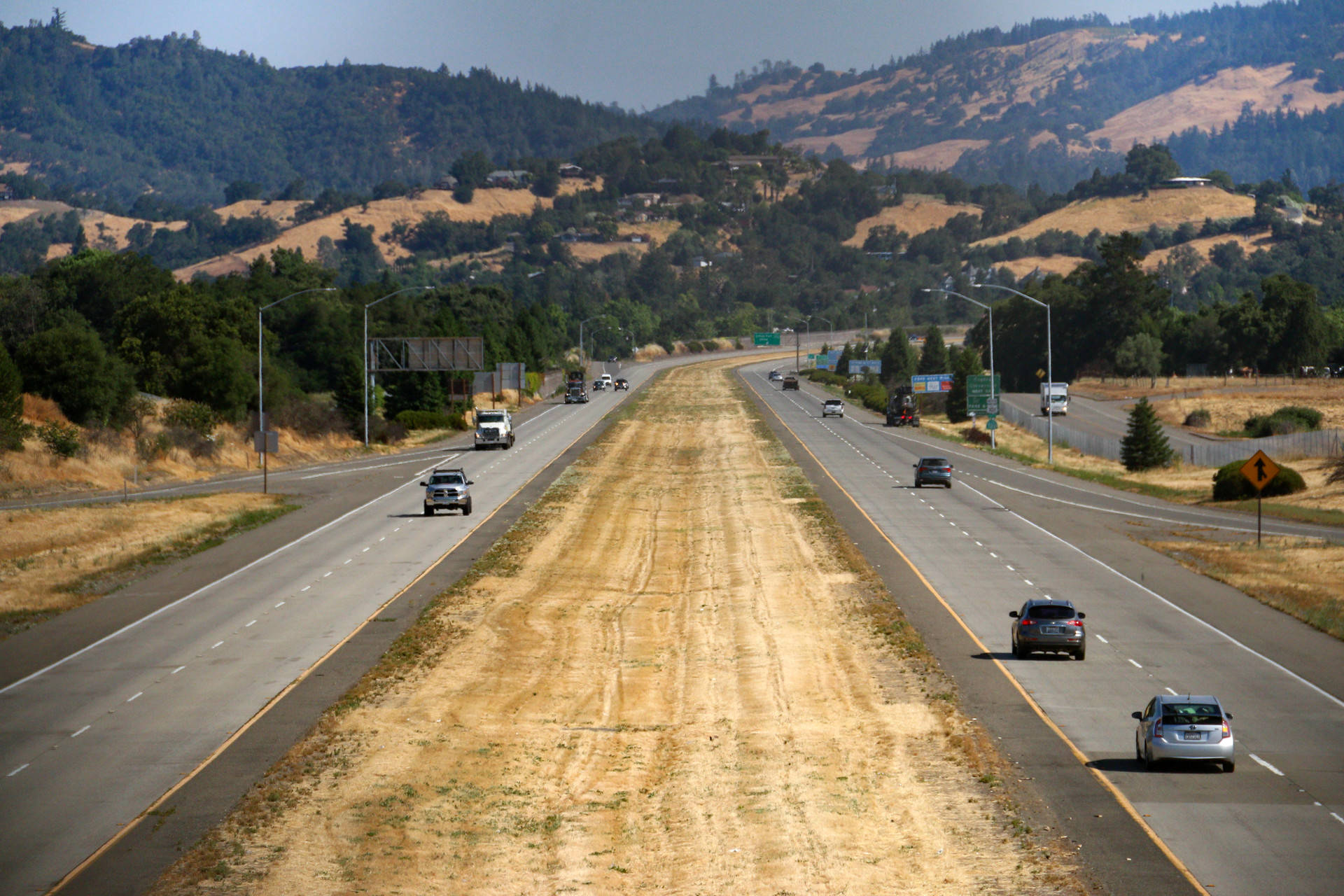 Highway 101 in Cloverdale. Adam Grossberg/KQED