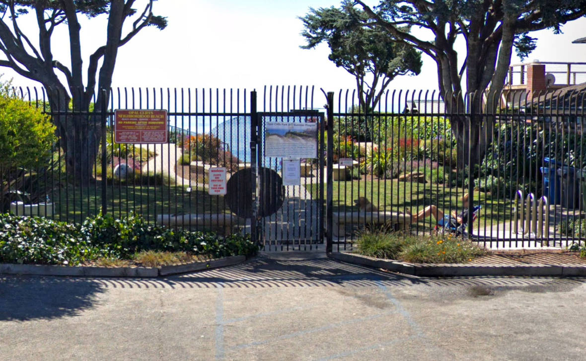 Santa Cruz Neighborhood Rejects State Compromise, Won't Open Gated Beach for Free